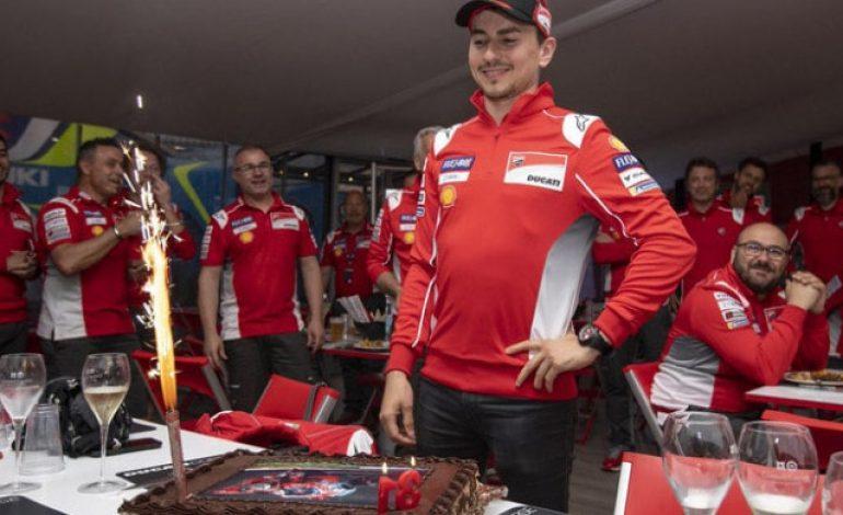 Jorge Lorenzo Tidak Boleh Jual Mahal Jika Ingin Bertahan di MotoGP