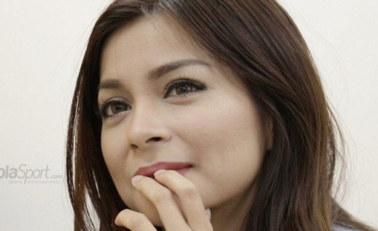 Gara-gara Radja Nainggolan, Presenter Cantik Sandra Olga Bersedih Begini