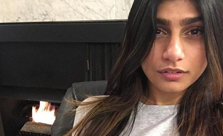 Bintang Porno Dukung Perempuan Iran Tonton Piala Dunia 2018