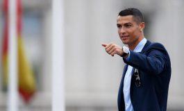Edan! Bertahan, Ronaldo Minta Gaji 1,35 Juta Pounds per Minggu