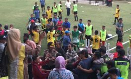 Power of Emak-emak, Bikin Rusuh Pertandingan Sepakbola Junior
