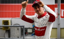 Libur Balapan, Pebalap Didikan Ferrari Ini Pilih Kunjungi Indonesia
