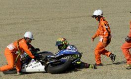 Begini Kelakuan Nyeleneh Para Marshal Sembari Menunggu Digelarnya Balapan MotoGP Inggris