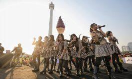 JKT48 Tampil Menawan di Puncak Kirab Obor Asian Games 2018