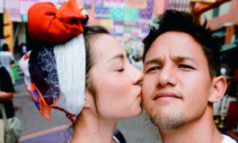 Irfan Bachdim Abadikan Momen Romantis bersama Istri, Netizen: Envy Banget!