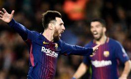 Tak Masuk Nominasi Ballon d'Or, Lionel Messi Malah Bisa Tersenyum Bahagia