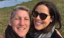 Eks Gelandang MU Punya Cara Spesial Rayakan Ulang Tahun Istri