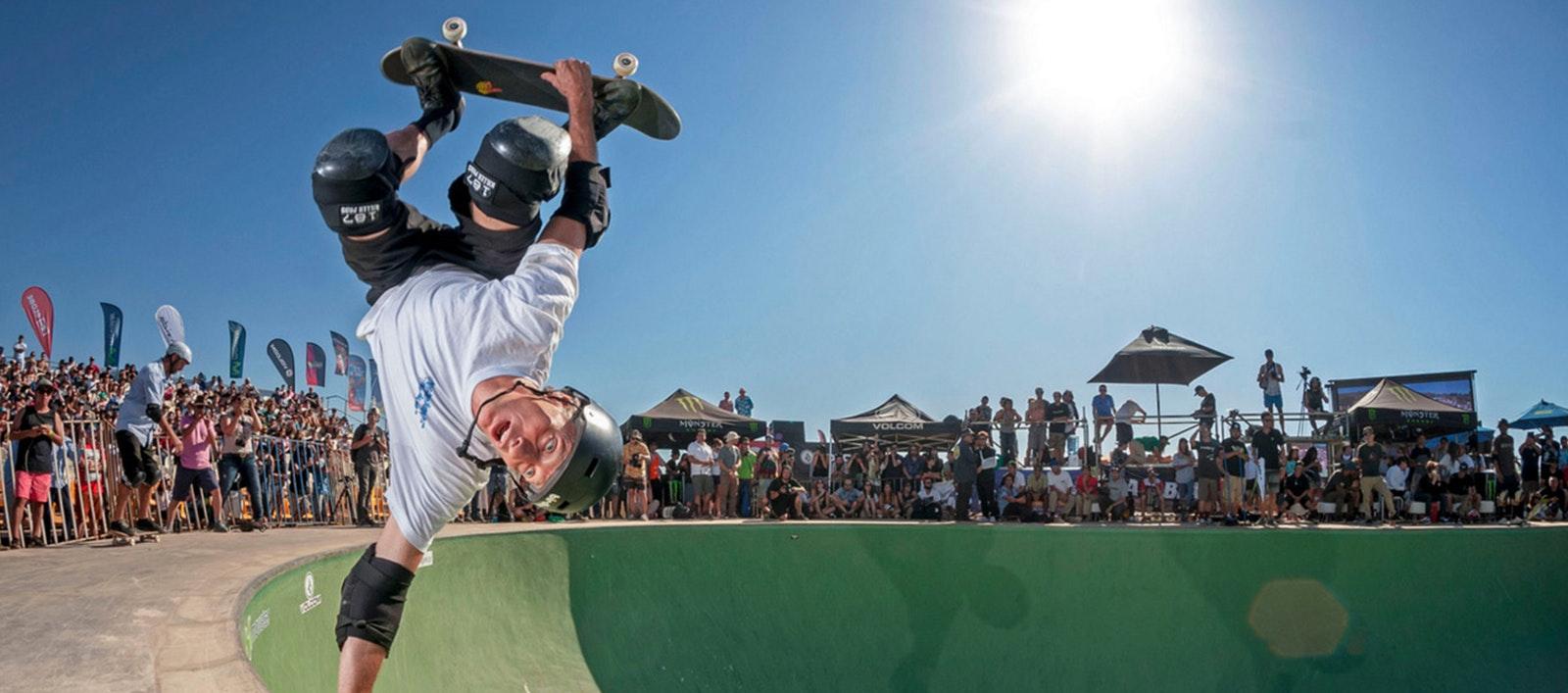 Riwayat Jatuh Bangun Tony Hawk Menekuni Olahraga Skateboard