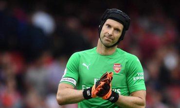 Petr Cech Resmi Umumkan Pensiun
