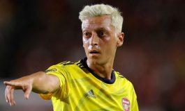 Jeremie Aliadiere: Arsenal Harus Jual Mesut Ozil