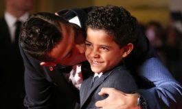 Ronaldo Nasihati Anaknya, Ronaldo Jr yang Ingin Ikuti Jejaknya