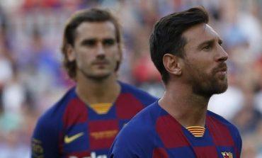 Ketika Messi Cuekin Griezmann di Bangku Cadangan Barcelona