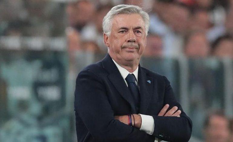 Ancelotti Murka Gara-Gara Lambatnya Renovasi San Paolo
