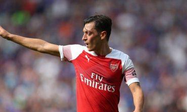 Arsenal Tanpa Mesut Ozil Saat Lawan Frankfurt, Unai Emery Jelaskan Alasannya