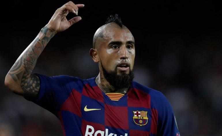 Arturo Vidal Beri Ultimatum Tinggalkan Barcelona, Ada Apa?