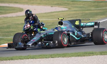 Rossi Rasakan Sensasi Bersama Jet Darat Hamilton