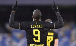 Lukaku Gemilang, Inter Milan Bungkam Napoli dan Gusur Juventus dari Puncak Klasemen