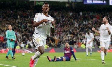 Ditonton Ronaldo, Madrid Sukses Bungkam Barcelona