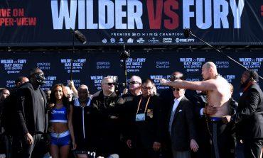 Bob Arum Perbarui Status Duel Trilogi Tyson Fury vs Deontay Wilder