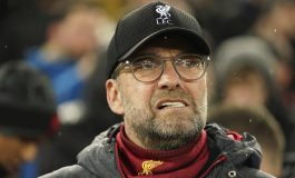Jurgen Klopp 'Latih' Skuad Liverpool Lewat Grup WhatsApp