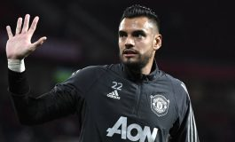 Sergio Romero Menuju Pintu Keluar Manchester United