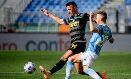 Diwarnai 2 Kartu Merah, Lazio Tahan Imbang Inter Milan