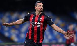 Napoli vs AC Milan: Dua Gol Ibrahimovic Bawa Rossoneri Menang 3-1