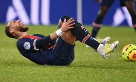 PSG vs Lyon: Les Parisiens Kalah, Neymar Cedera