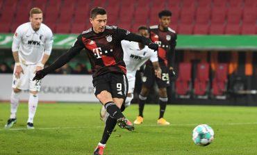 Augsburg vs Bayern Munchen: Gol Penalti Lewandowski Menangkan Die Roten