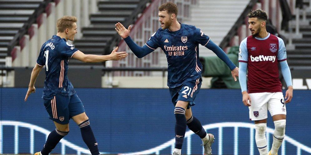 Memuji Ketenangan Martin Odegaard di Tengah Kepanikan Pemain Arsenal