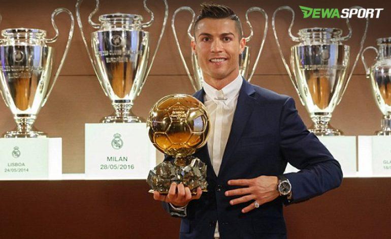Cristiano Ronaldo Sabet Gelar Ballon D'Or