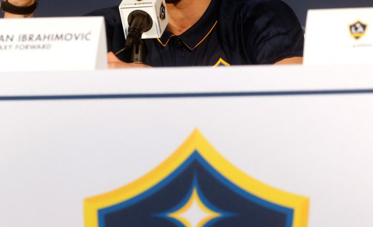 Sambut Swedia Vs Inggris, Ibrahimovic Ajak Beckham Taruhan Unik
