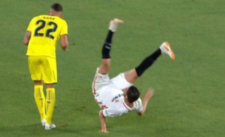 Video Mengerikan ketika Siku Tangan Pemain Sevilla Tergeser