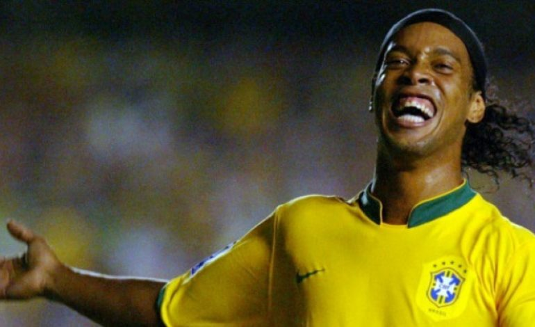 Ronaldinho Puji John Terry pada Momen Keputusan Pensiun
