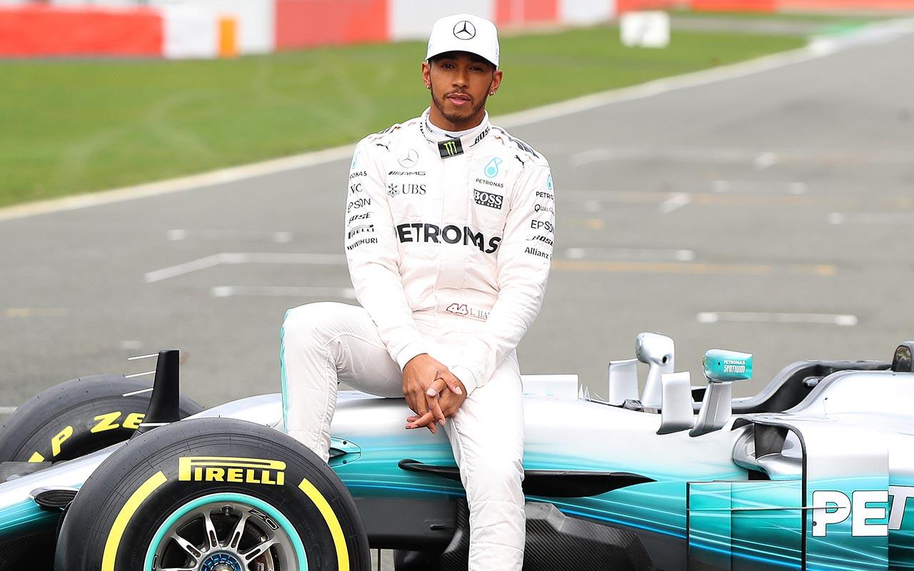 Lewis Hamilton Kirim Pesan untuk Valentino Rossi, Apa Itu ?