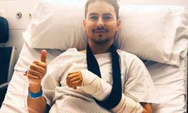 Senyum Lorenzo, Pasca Operasi Tangan Kiri