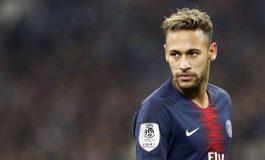 Akibat Mogok Latihan, Neymar Sudah Menyumbang Rp6 Miliar untuk Beramal