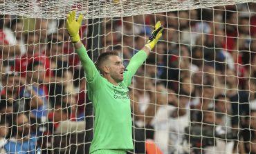 West Ham United Menyesali Kepergian Adrian ke Liverpool