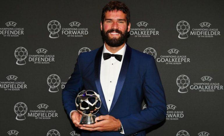 Alisson Becker Raih Penghargaan Kiper Terbaik Liga Champions 2018-19