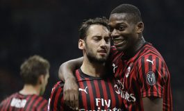 Hasil Pertandingan AC Milan vs Lecce: Skor 2-2