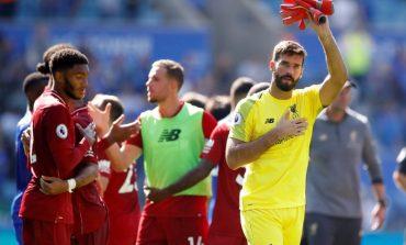 Rivaldo Sarankan Liverpool Tak Turunkan Alisson di Laga Kontra Man United