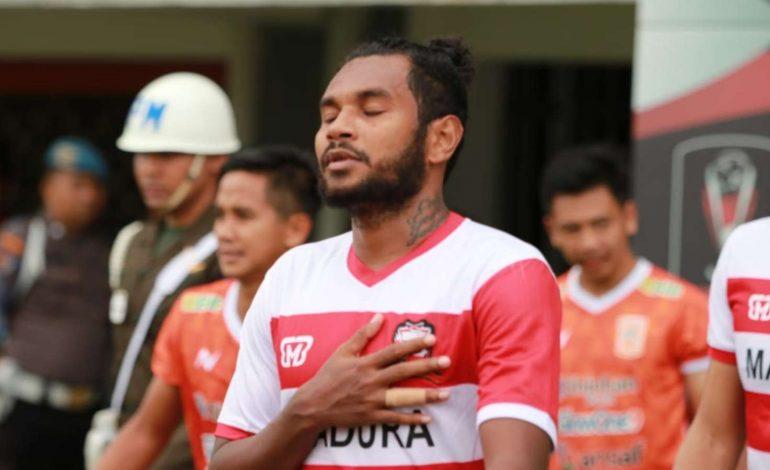 Demi Perawatan Cedera, Bek Madura United Pulang ke Jayapura