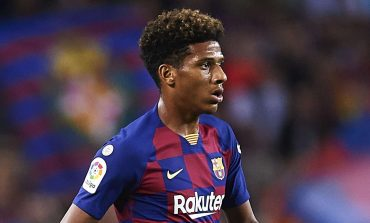 AC Milan Desak Barcelona Beri Diskon Soal Jean Clair Todibo