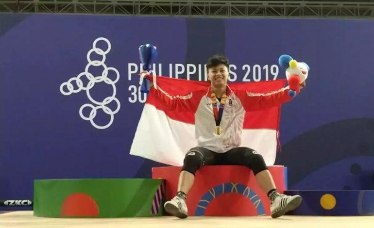 Rahmat Erwin Rebut Medali Emas Keempat Cabang Angkat Besi