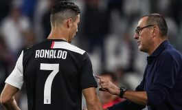 Maurizio Sarri Jengkel, Trofi Ballon d'Or Messi Lebih Banyak Ketimbang Ronaldo