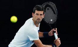 Novak Djokovic Tak Mau Dipaksa Pakai Vaksin
