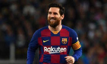 Xavi: Cuma Messi yang Ada di Atas Ronaldinho