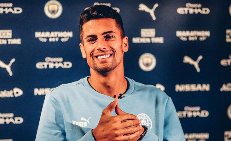 Barcelona Ajak Manchester City Tukar Nelson Semedo dengan Joao Cancelo