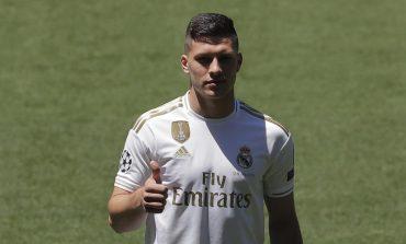 Tidak Terpakai di Real Madrid, Atletico Madrid Siap Tampung Luka Jovic
