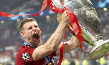Usia Boleh Menua, Tapi Milner Tetap Semangat Ingin Tambah Trofi Juara Bagi Liverpool
